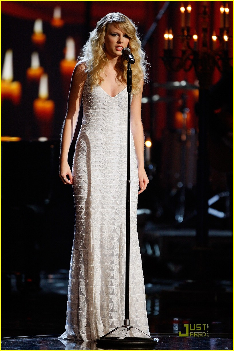 taylor swift ama show 14