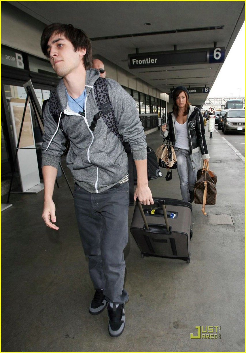 ashley tisdale jared murillo lax 07