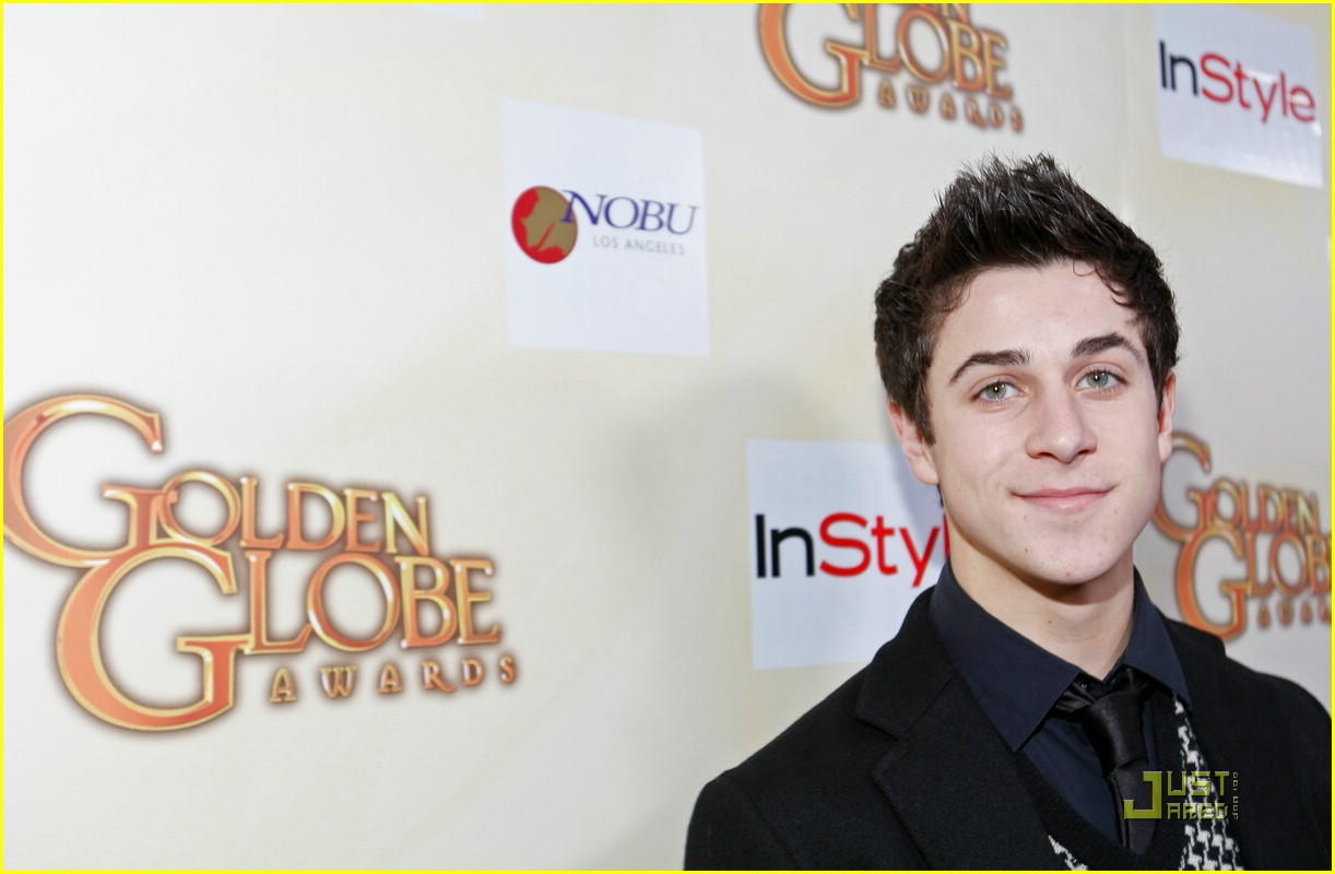 david henrie lucy hale salute hollywood 11