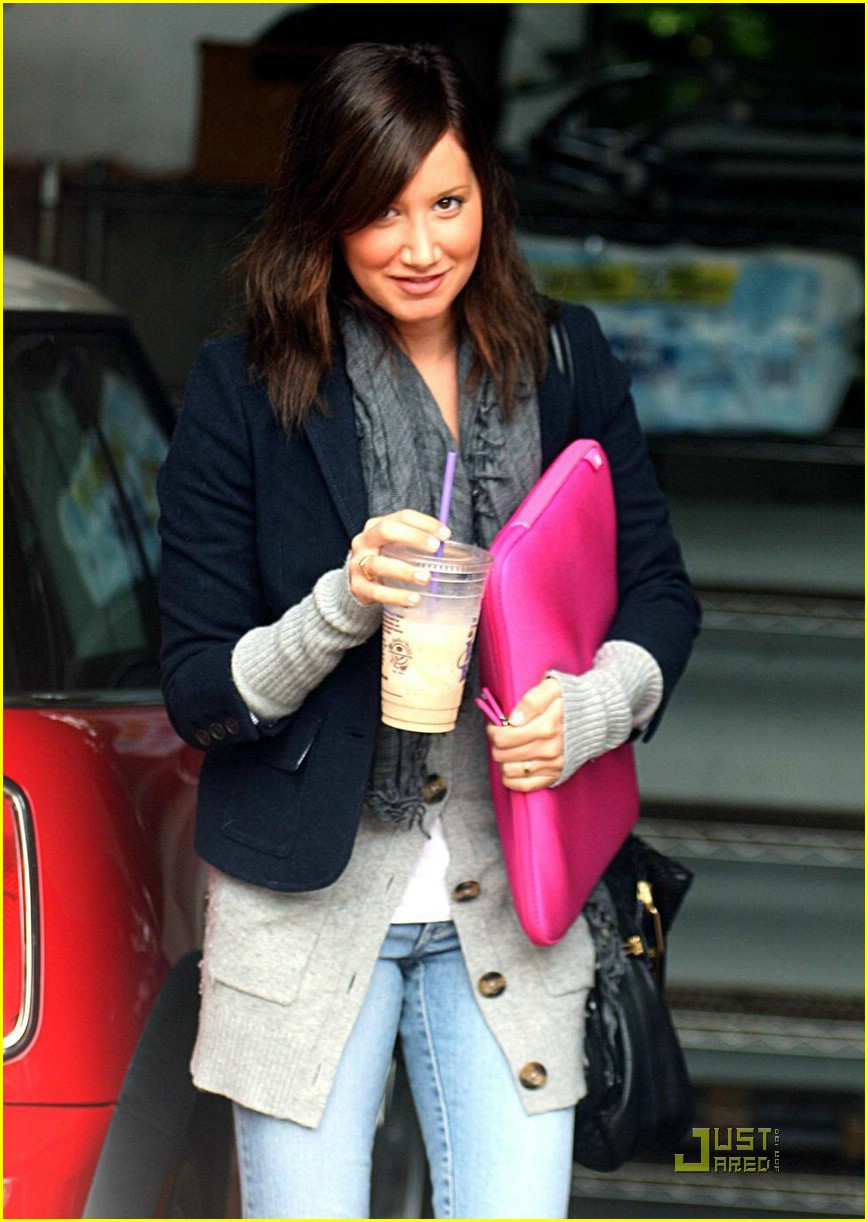 ashley tisdale lunch meeting 10
