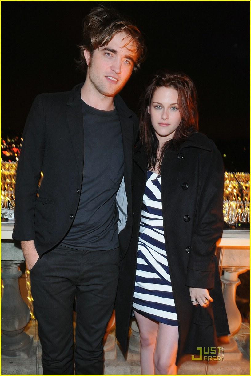 kristen stewart twilight paris 18