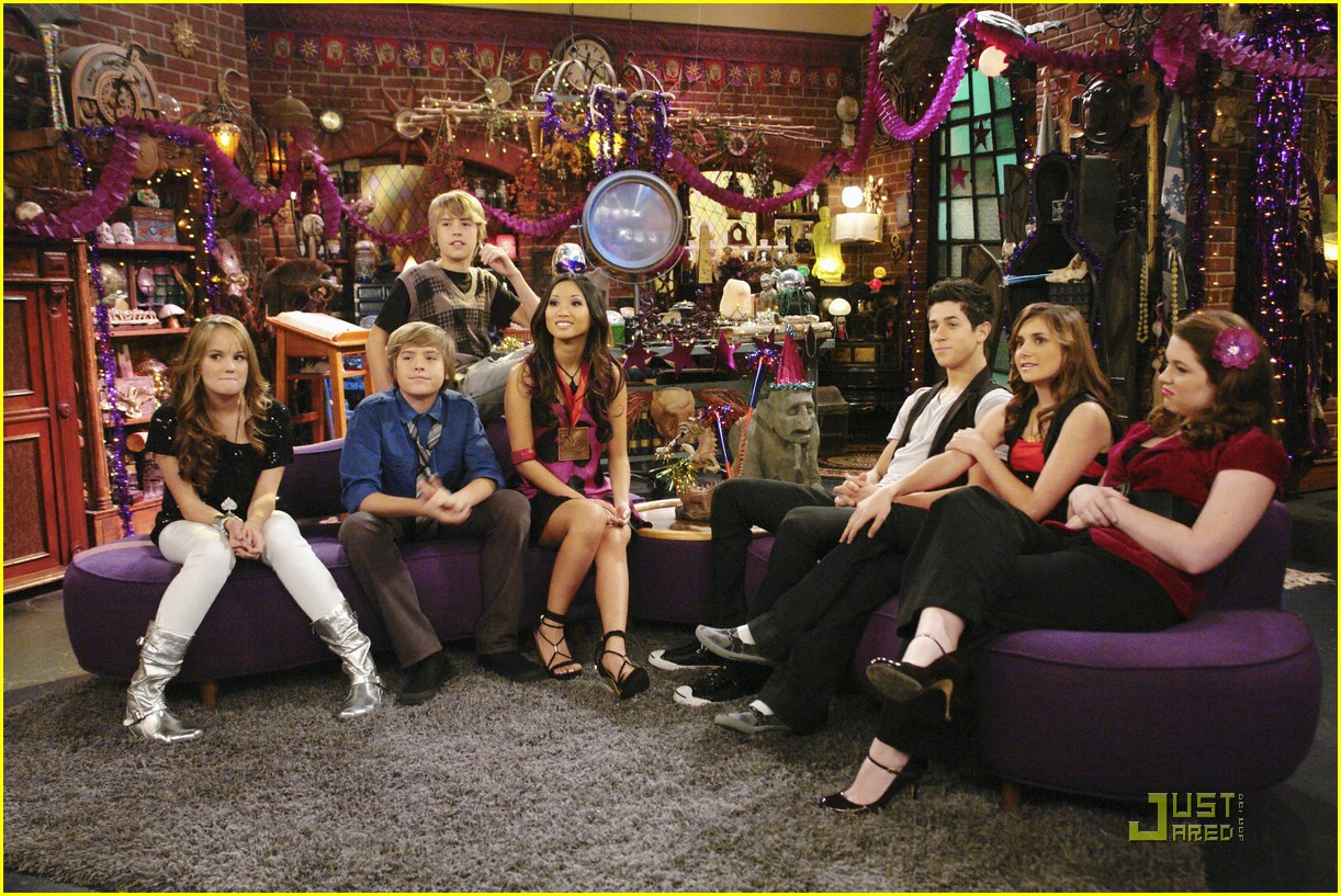 wizards waverly place totally new year 05