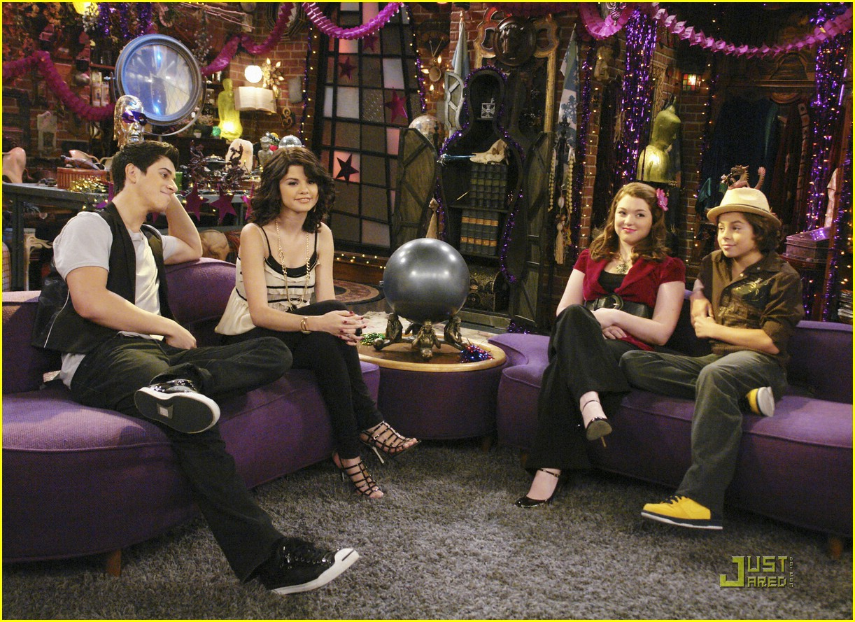 wizards waverly place totally new year 14