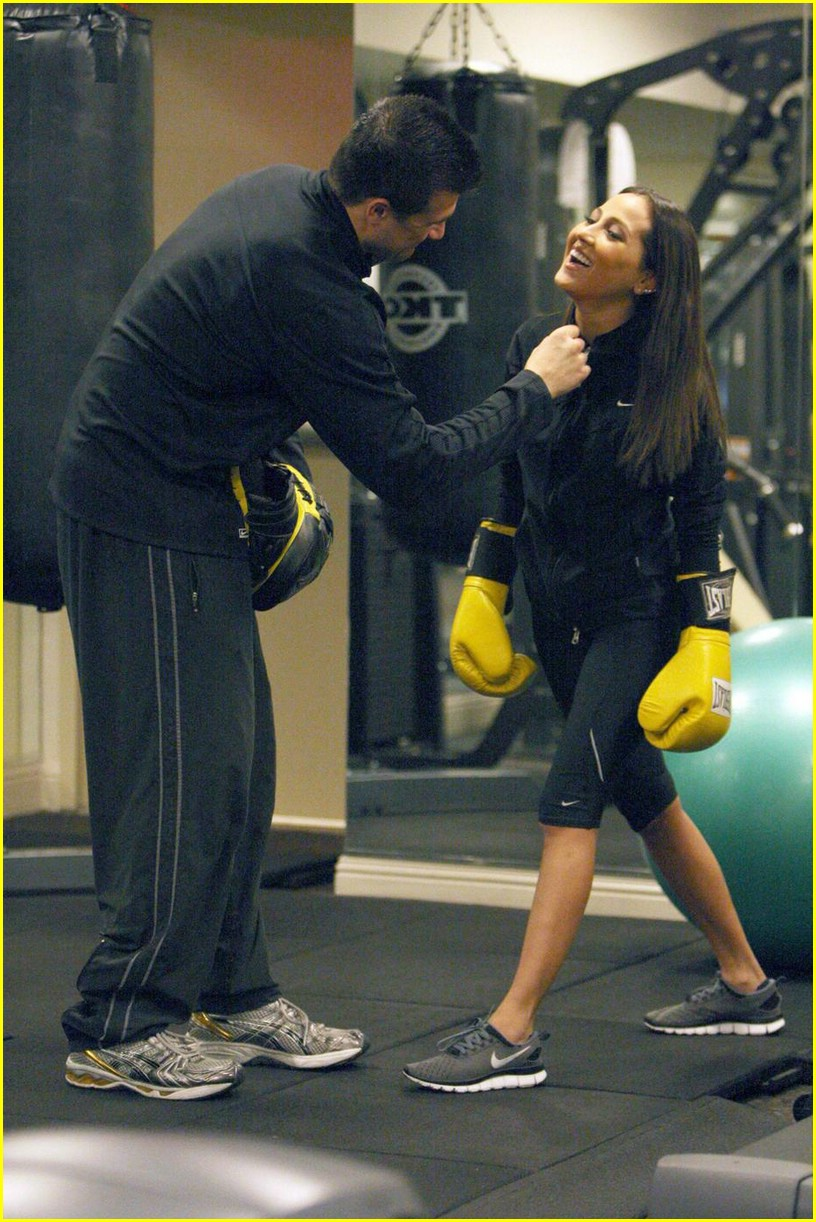 adrienne bailon everlast gloves 10