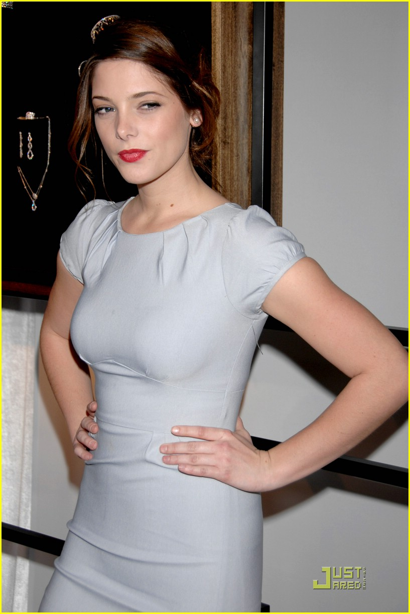 ashley greene diamond party 14
