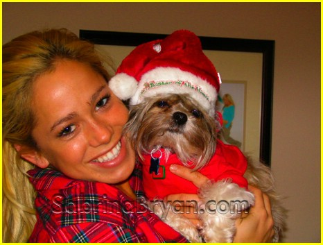 sabrina bryan holiday photos 02