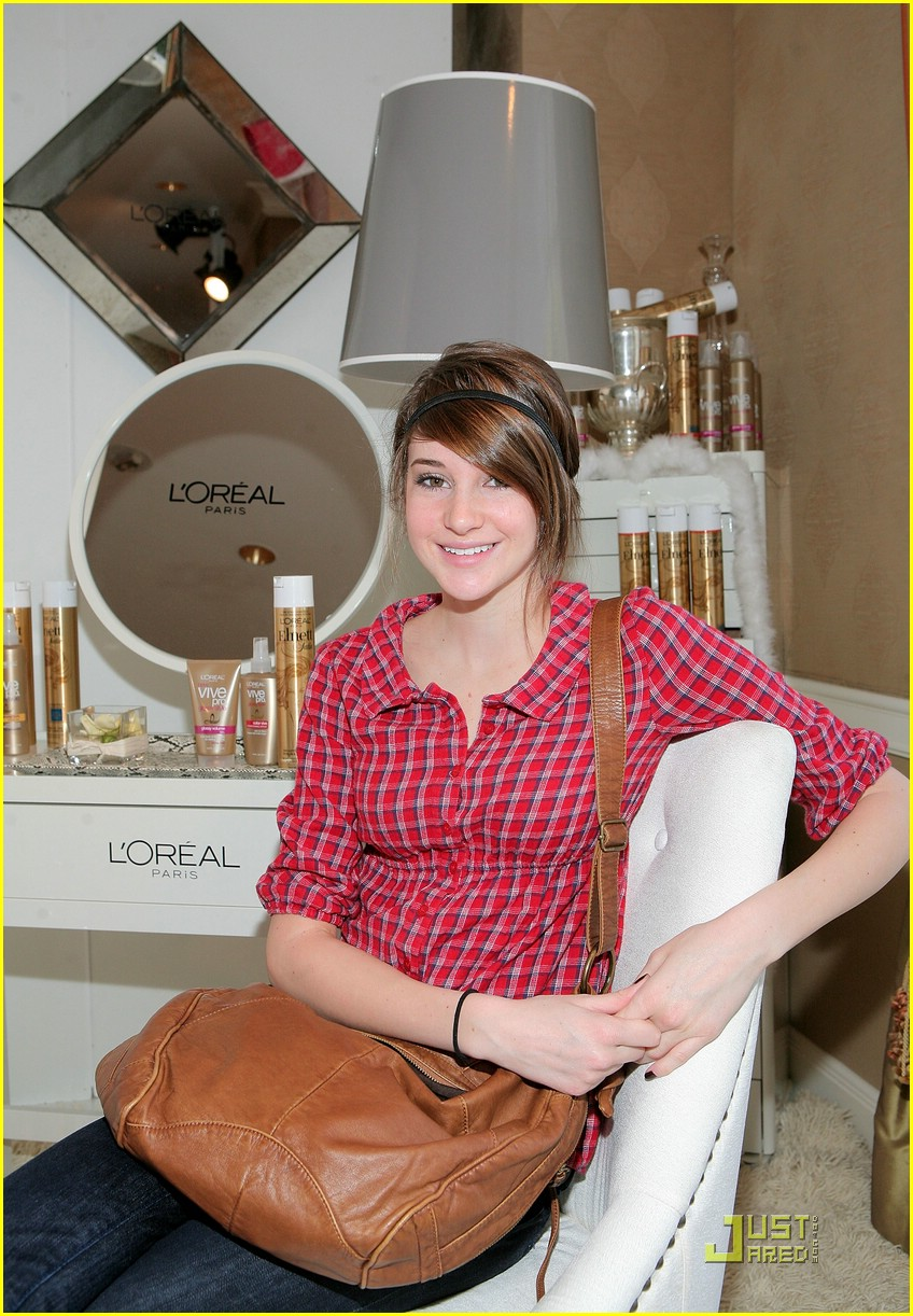 shailene woodley hbo lounge 02