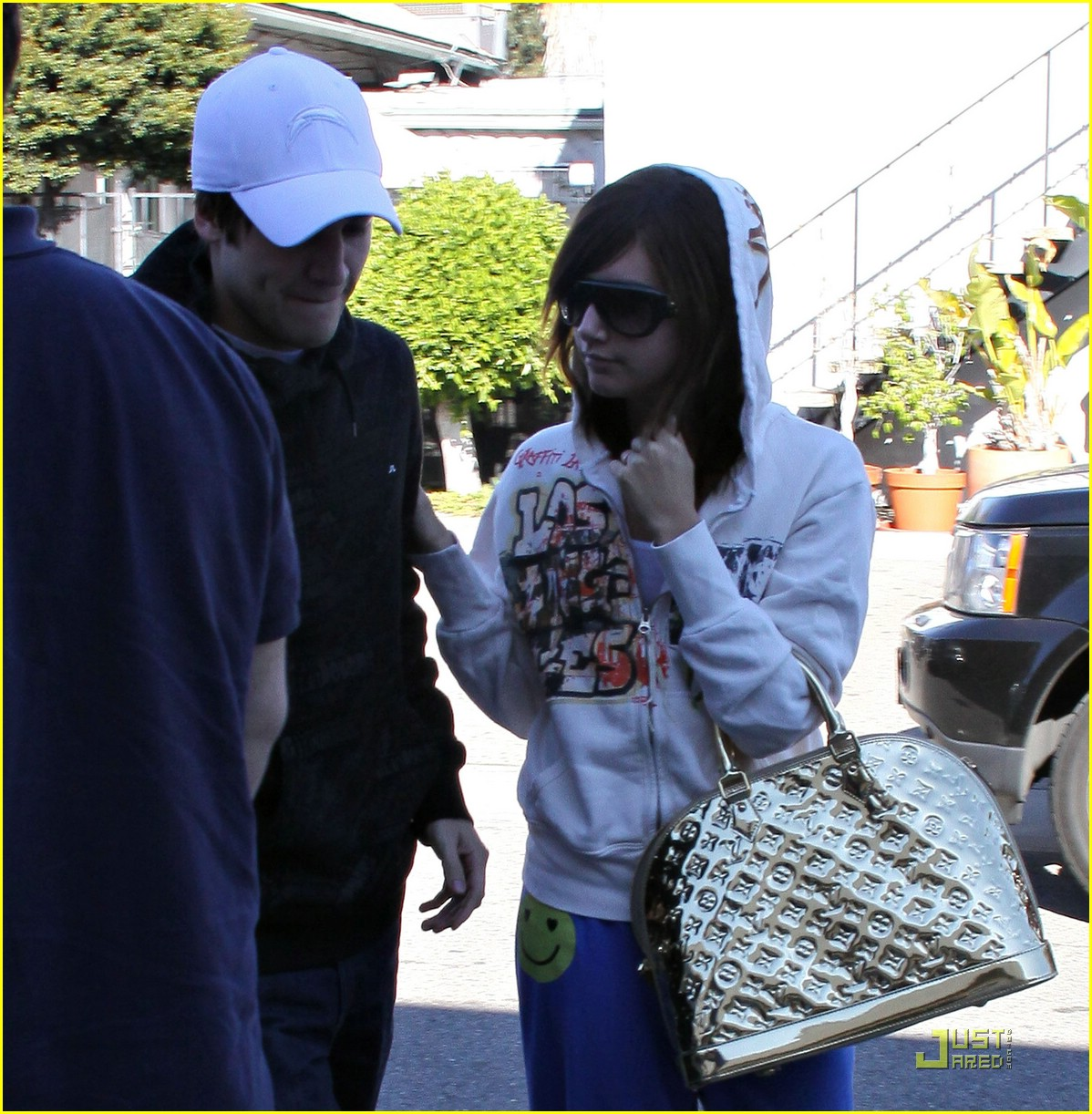 ashley tisdale jared studio cafe 08