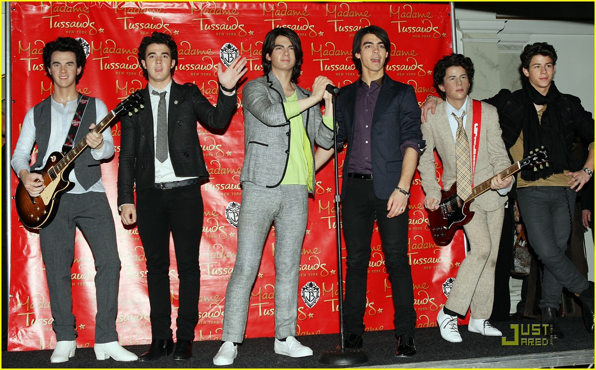 jonas brothers madame tussauds 21