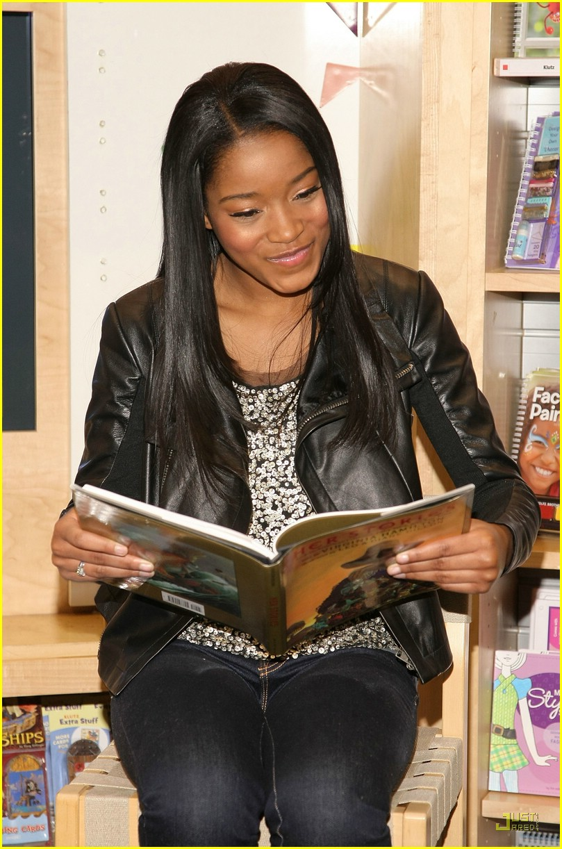 keke palmer scholastic store 09