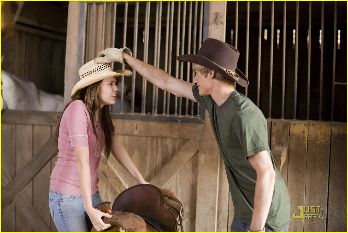 hannah montana movie stills 15