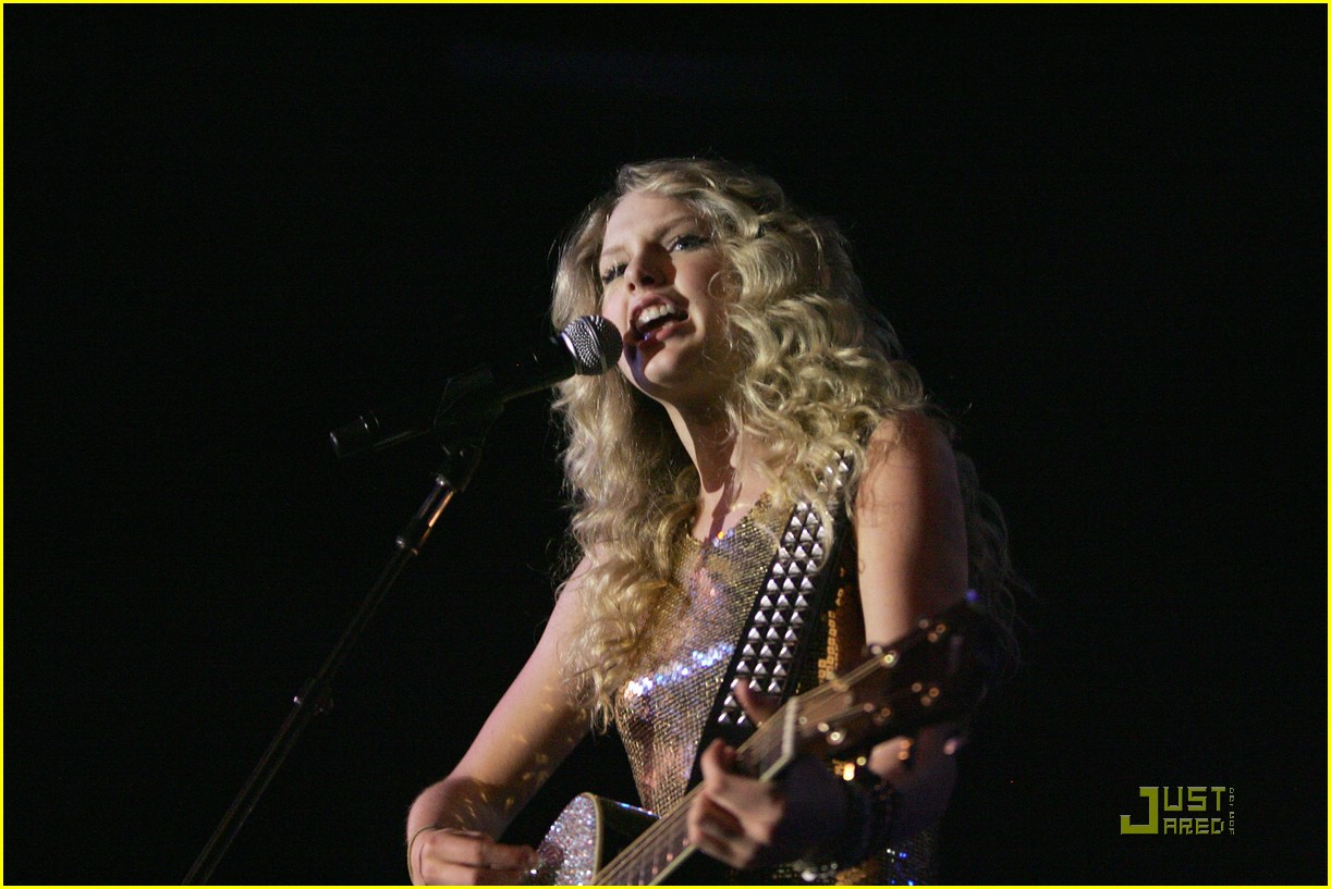 taylor swift sydney factory theatre 21