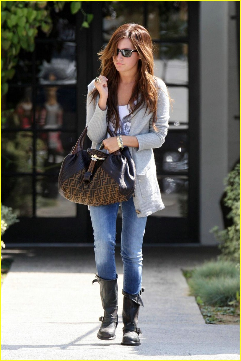 ashley tisdale salon sweet 03