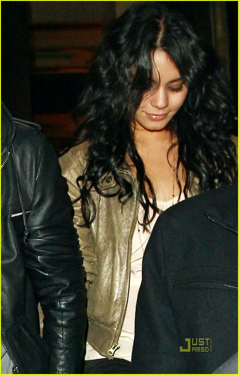 zac efron vanessa hudgens snl after party 08
