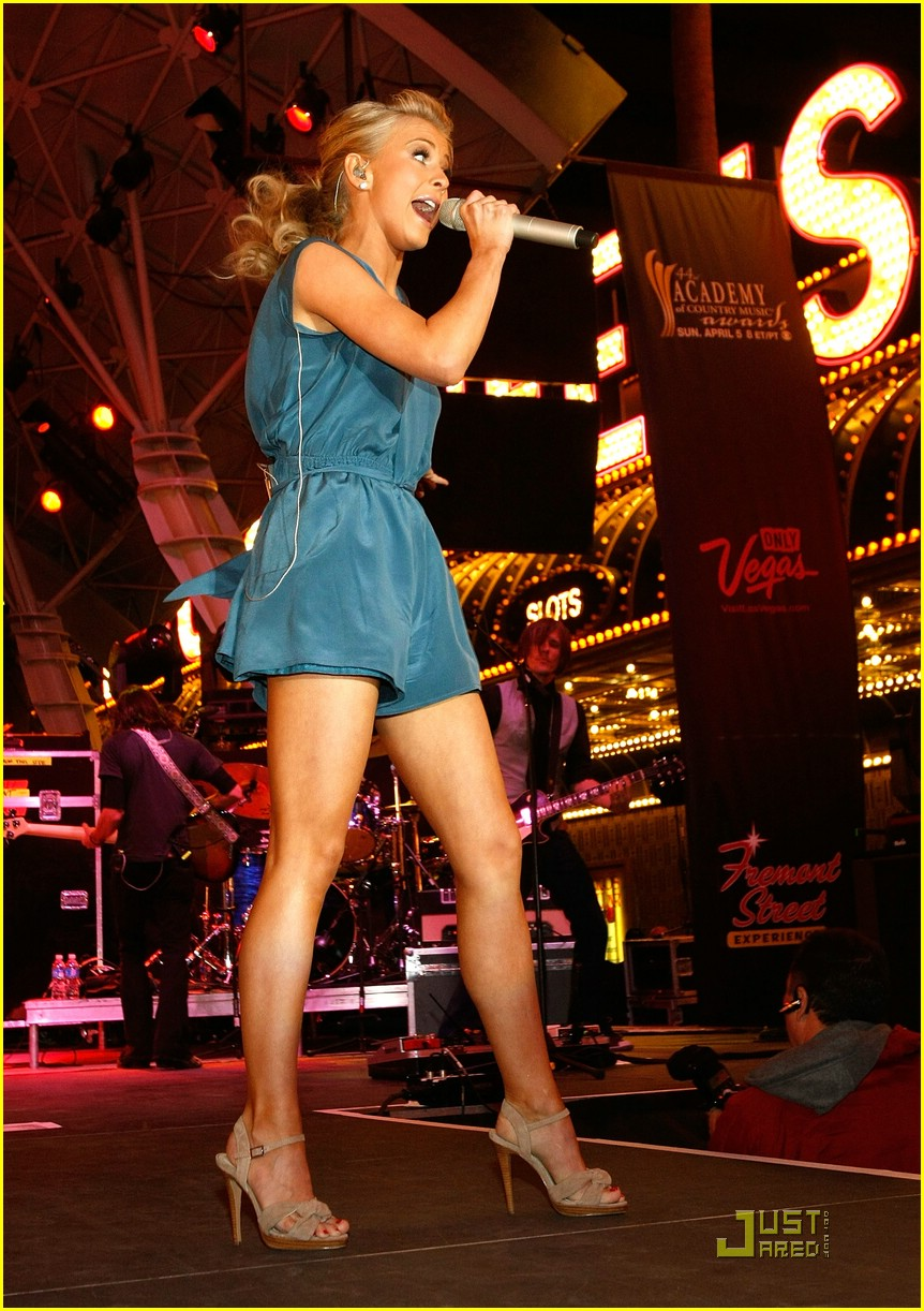 julianne hough fremont street 02