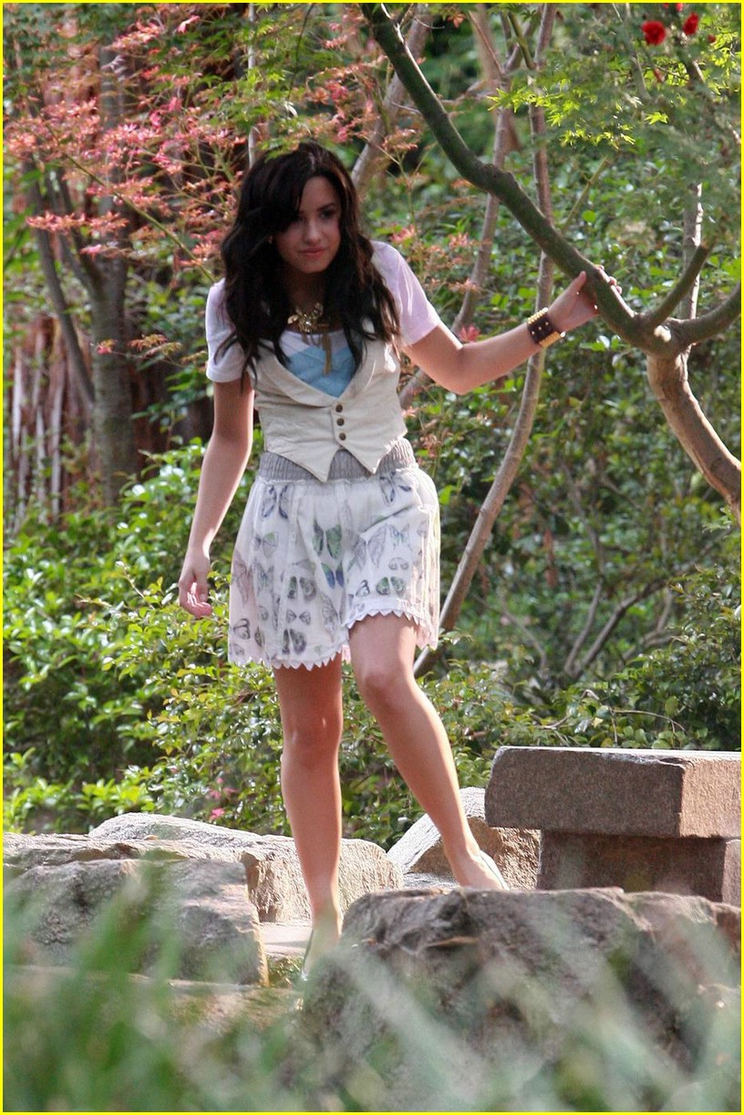 demi lovato again video shoot 07