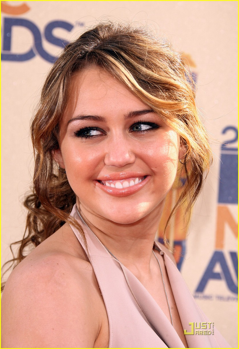 miley cyrus mtv movie awards 10