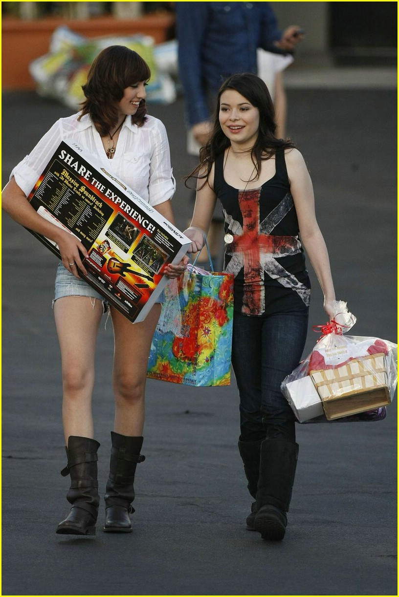 miranda cosgrove big sugar 01