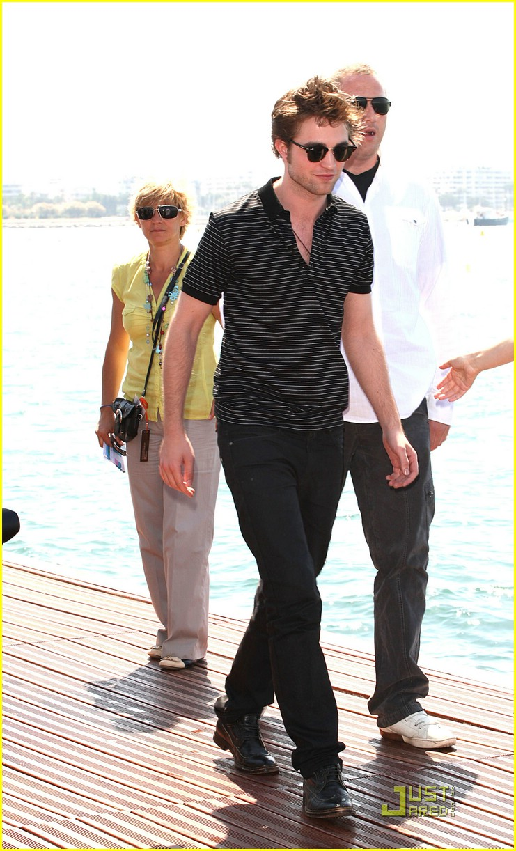 robert pattinson cannes cute 24