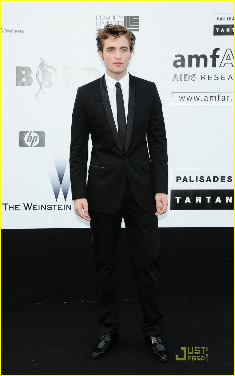 robert pattinson against aids 02