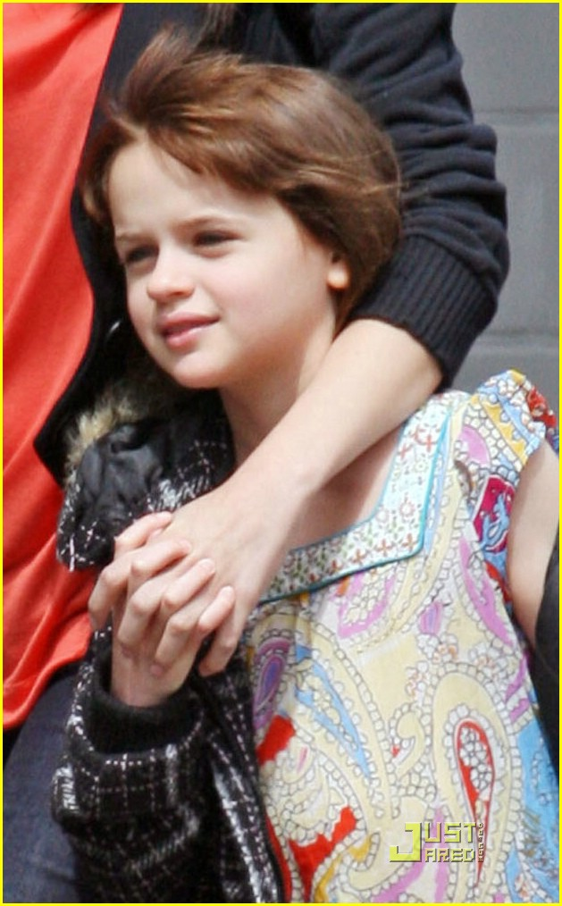 selena gomez joey king girls day out 02