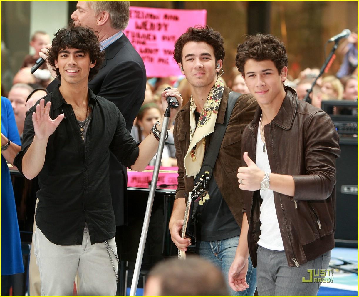 Jonas Brothers Today Jonas Brothers Today Show