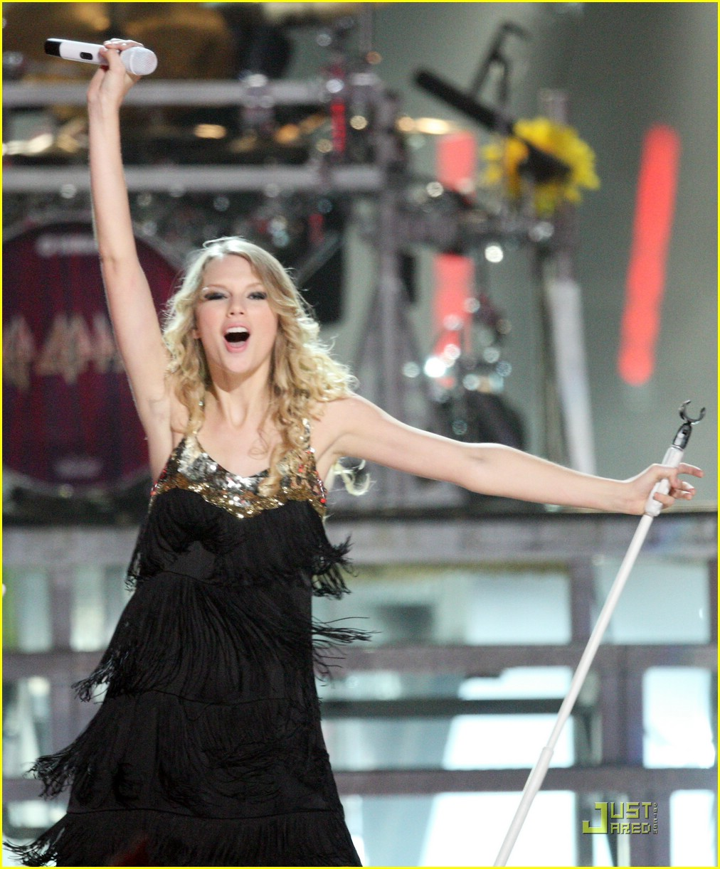 taylor swift video year 14