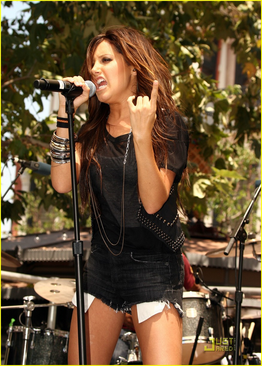 ashley tisdale brenda song super sweet 08