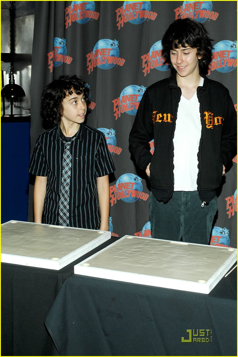 nat alex wolff planet hollywood 19