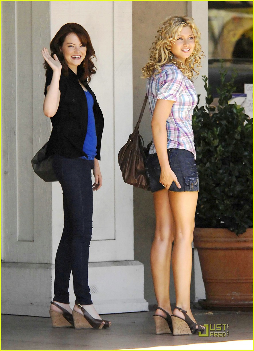 Alyson Michalka Gets an Easy A | Photo 217431 - Photo Gallery | Just Jared Jr.