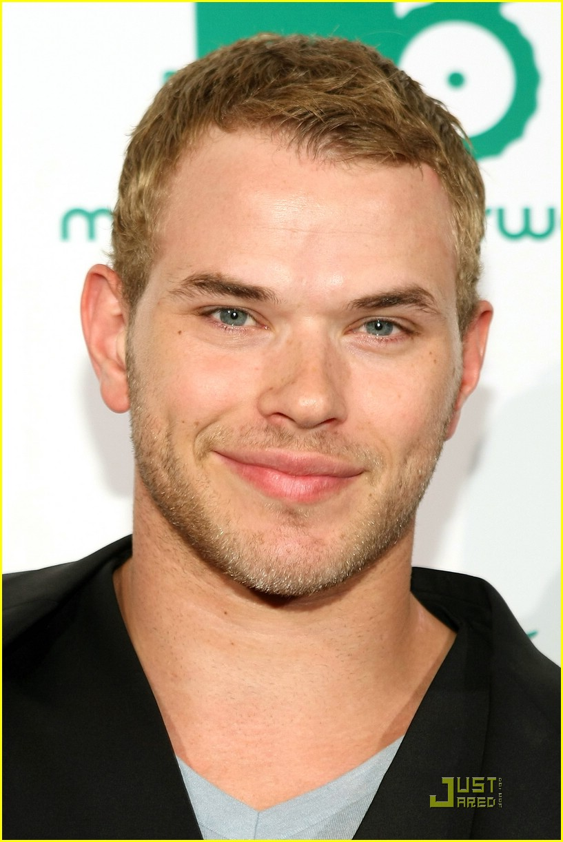 kellan lutz mood norway 17