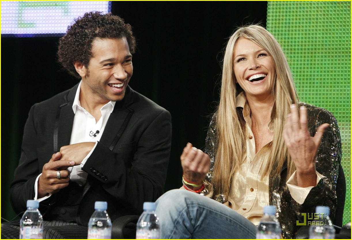 corbin bleu sara paxton big apple 03