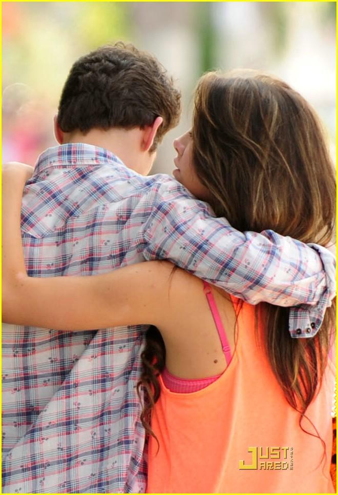 Daren kagasoff dating shailene woodley 2014 movies 6
