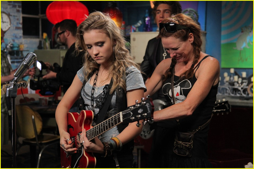 emily osment all the way up video shoot 07