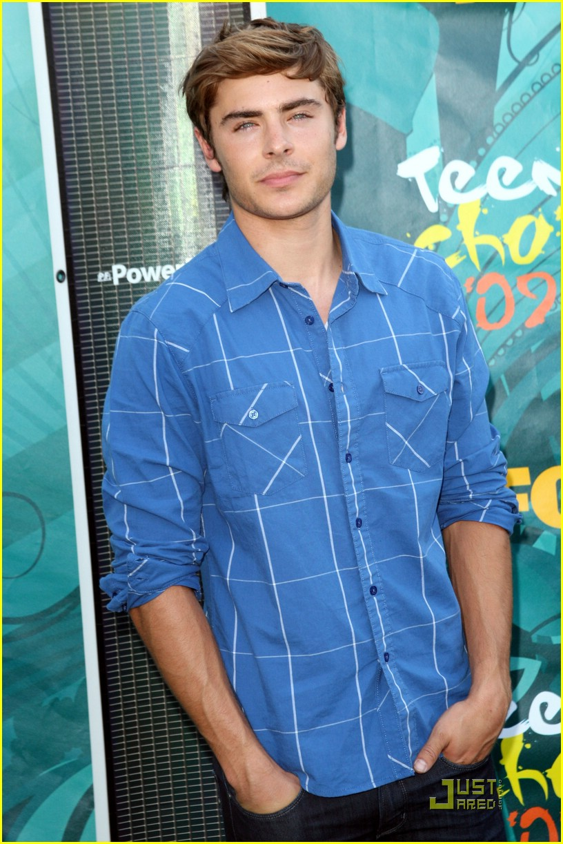 zac efron tca awards 02