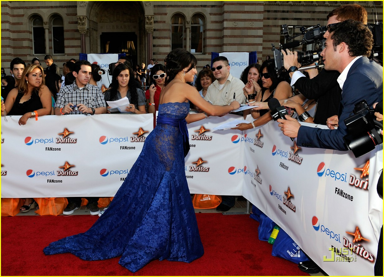 francia raisa alma awards 07