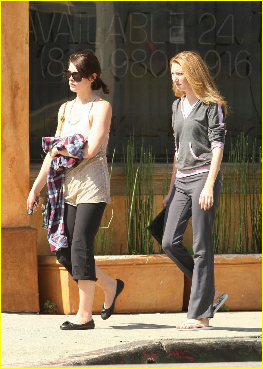 ashley greene vivians cafe 07