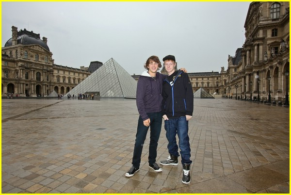 hutch dano adam hicks france 09