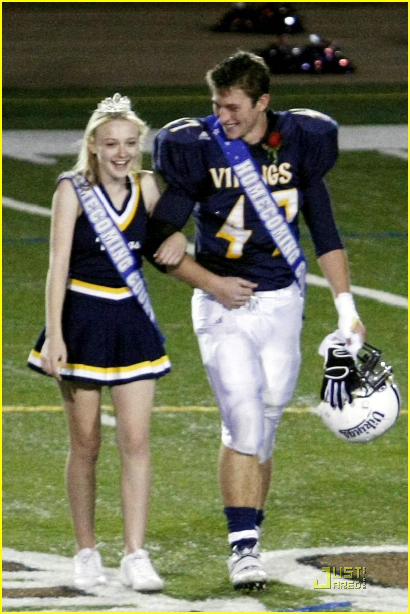 dakota fanning homecoming princess 13