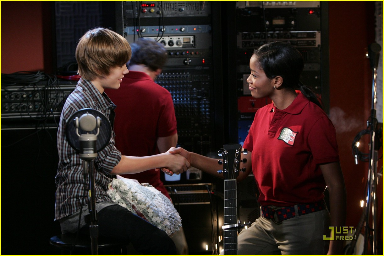 justin bieber true jackson first look 06