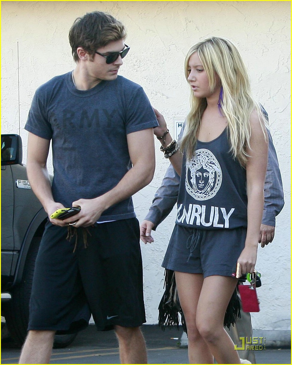 zac efron ashley tisdale patys 06
