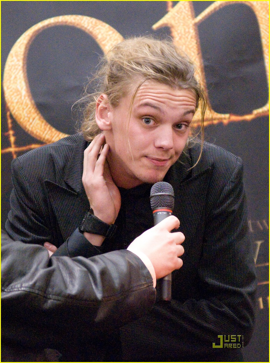 jamie campbell bower hot topic hot 09