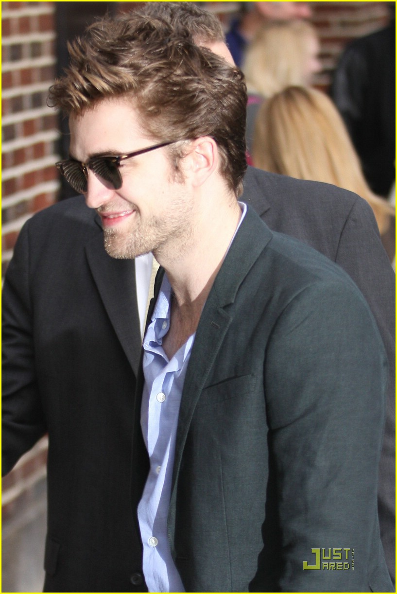 robert pattinson block buster 16