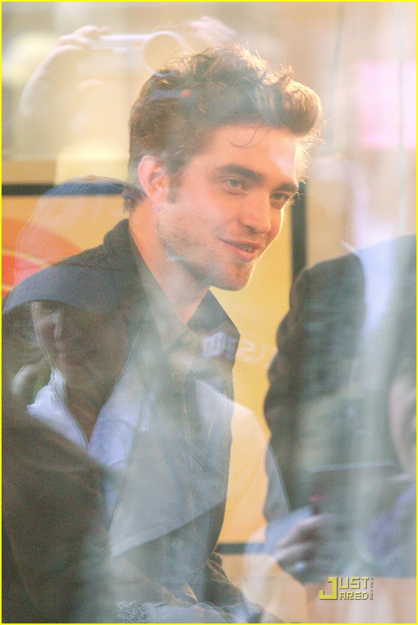 robert pattinson today show 23
