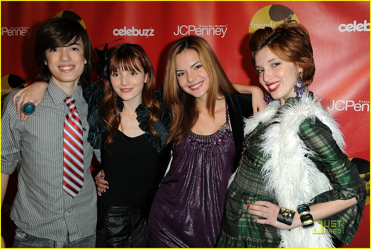 bella thorne joy giving 13