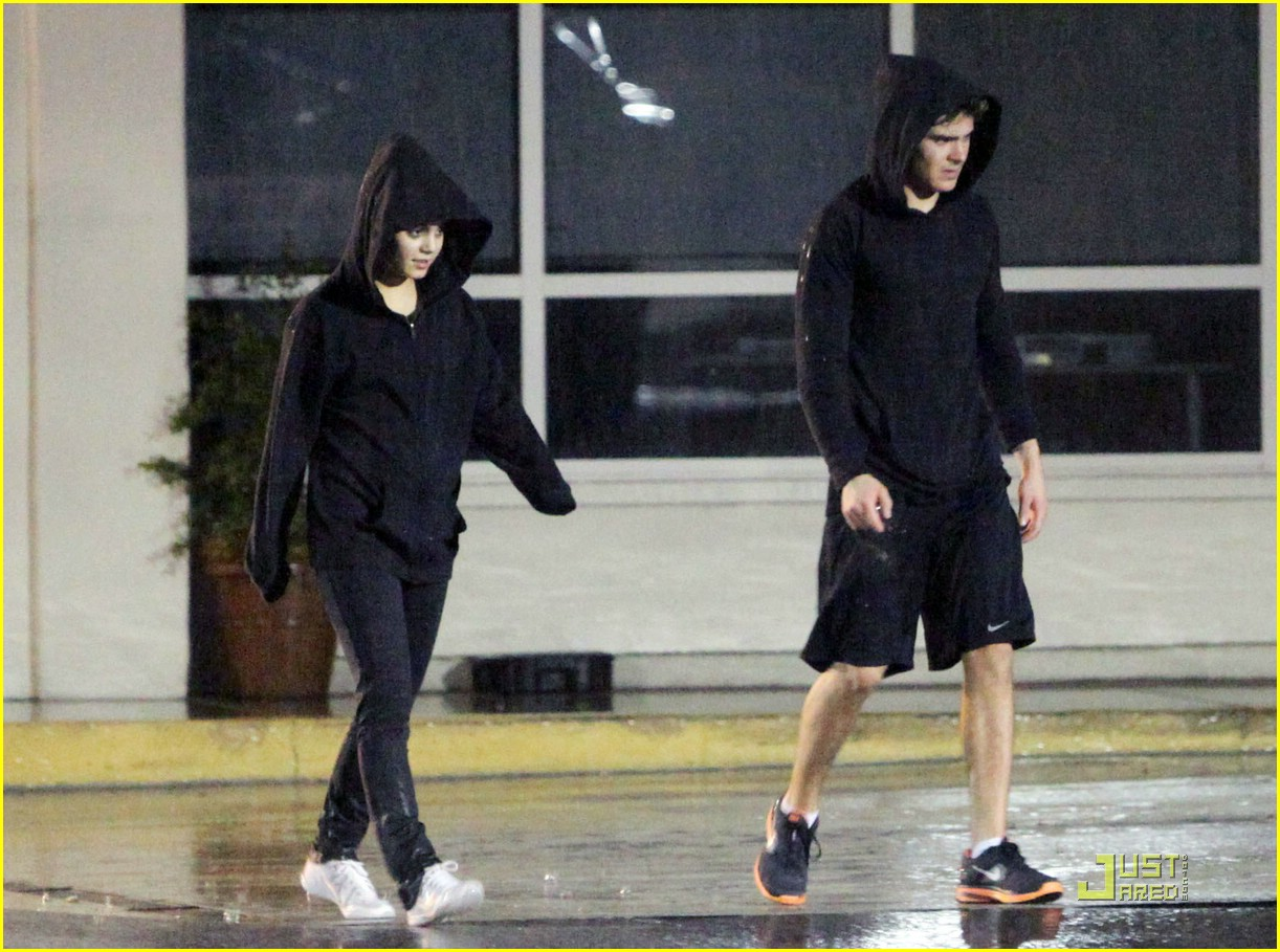 zac efron vanessa hudgens fitness 07