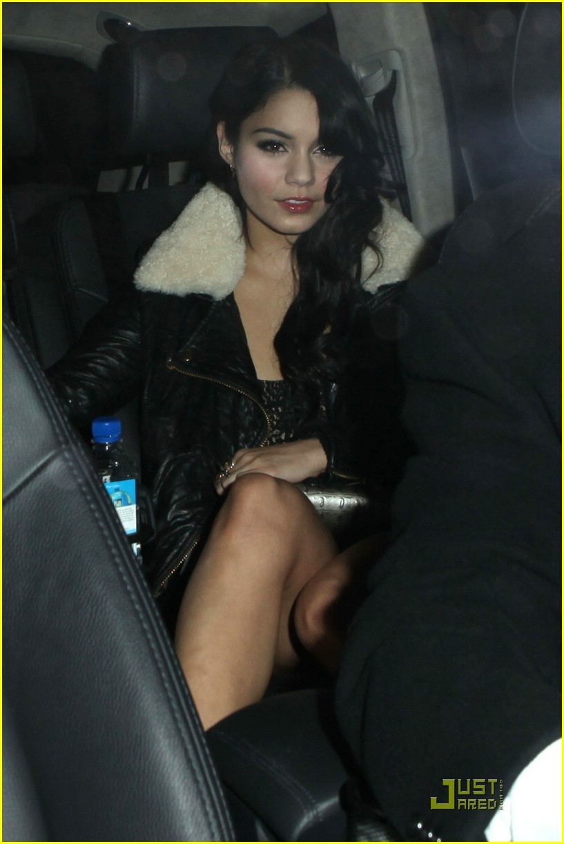 zac efron vanessa hudgens surprise party 05
