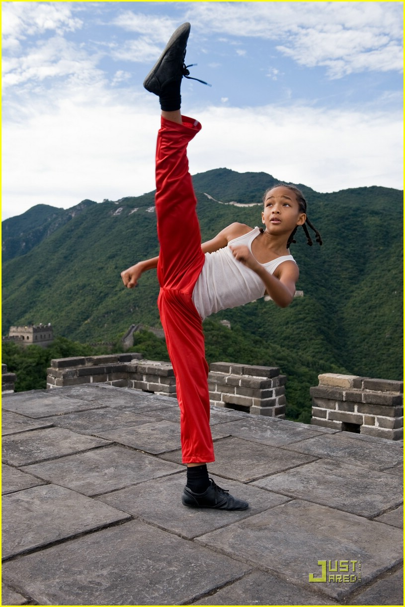 jaden smith kicks up 02
