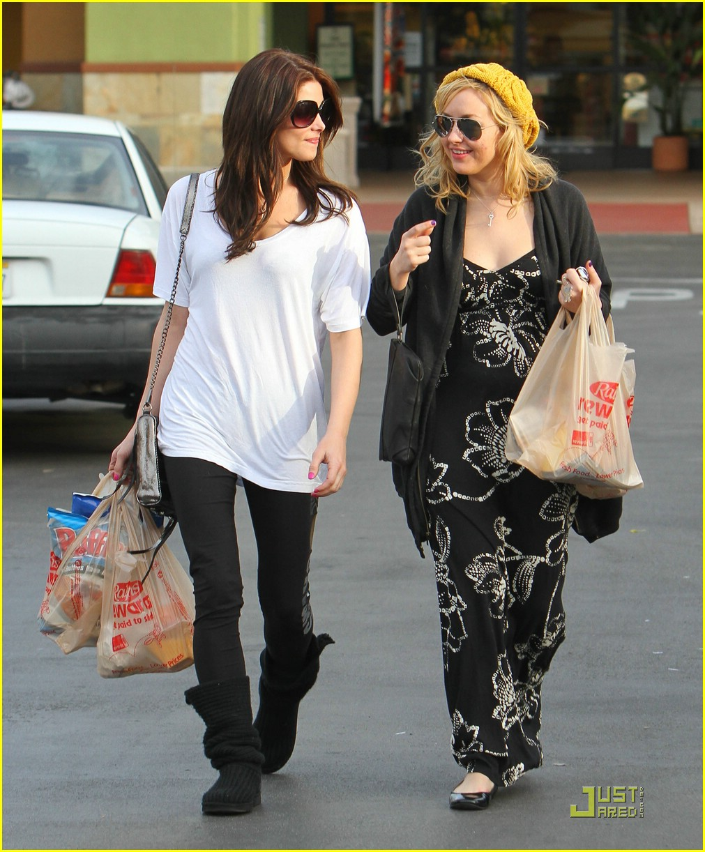ashley greene grocery girl 07