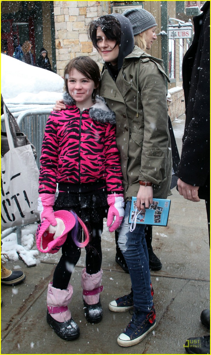 dakota fanning kristen stewart sundance 20